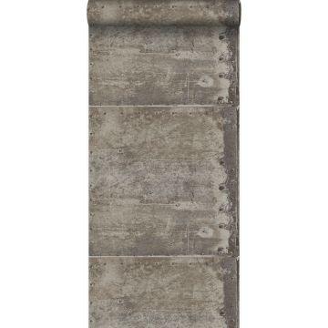 behang grote verweerde roestige metalen platen met klinknagels industrieel grijs