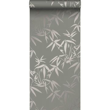 behang bamboe bladeren warm grijs